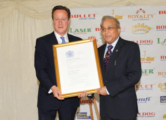 The Prime Minister of United Kingdom Presents 5th Queen's Award to Sun Mark